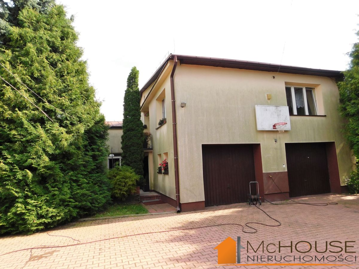 Sandomierz-atrakcyjna działka i 660m2 DOM+budynek